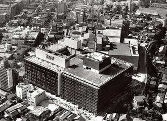 September 2014:特集「TOKYO 1964 五輪50年,首都再編をふりかえる ...